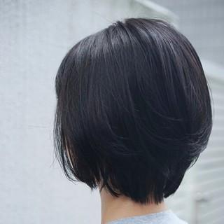 ショート ショートボブ ストリート かわいい ヘアスタイルや髪型の写真・画像