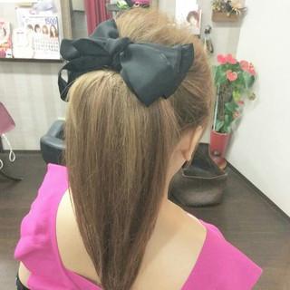 ストレート ナチュラル ポニーテール セミロング ヘアスタイルや髪型の写真・画像 ヘアスタイルや髪型の写真・画像