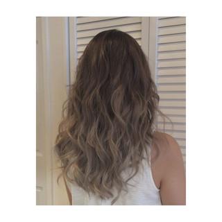ストリート グラデーションカラー セミロング グレージュ ヘアスタイルや髪型の写真・画像 ヘアスタイルや髪型の写真・画像