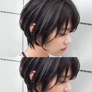 ブルージュ ハイライト 外国人風 ショート ヘアスタイルや髪型の写真・画像 ヘアスタイルや髪型の写真・画像