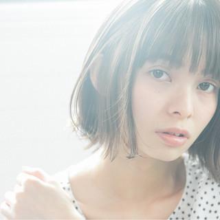 フェミニン グレージュ 前髪あり 抜け感 ヘアスタイルや髪型の写真・画像