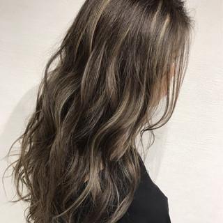 ハイライト グラデーションカラー 秋 透明感 ヘアスタイルや髪型の写真・画像