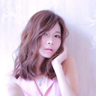 フェミニン ガーリー 大人かわいい パーマ ヘアスタイルや髪型の写真・画像