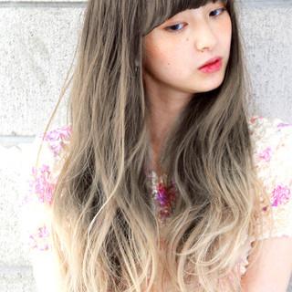 透明感 外国人風 ハイライト グラデーションカラー ヘアスタイルや髪型の写真・画像