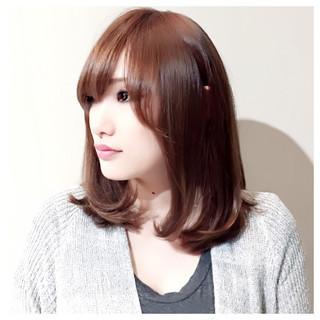 フェミニン ショート ミディアム ストレート ヘアスタイルや髪型の写真・画像