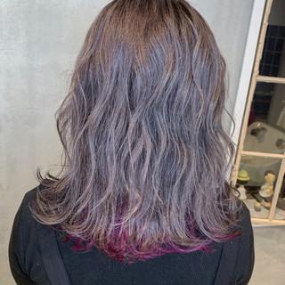 ユニコーンカラー ナチュラル 3Dハイライト ターコイズブルー ヘアスタイルや髪型の写真・画像