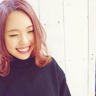 ピンクアッシュ ミディアム ストリート ピンク ヘアスタイルや髪型の写真・画像 ヘアスタイルや髪型の写真・画像
