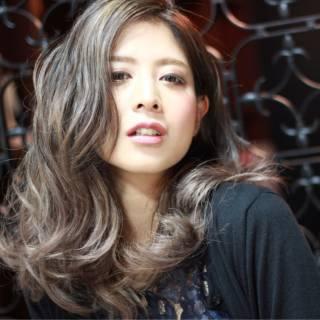秋 ハイライト グラデーションカラー ストリート ヘアスタイルや髪型の写真・画像