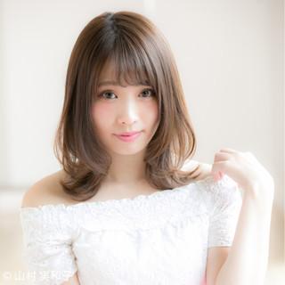 ミディアム ひし形 デジタルパーマ ゆるふわ ヘアスタイルや髪型の写真・画像