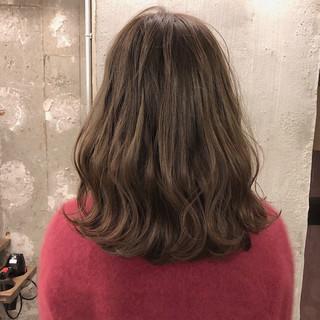 ナチュラル アンニュイ ロブ ゆるふわ ヘアスタイルや髪型の写真・画像 ヘアスタイルや髪型の写真・画像