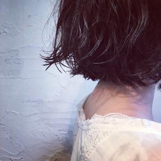 外ハネ パーマ 外国人風 切りっぱなし ヘアスタイルや髪型の写真・画像