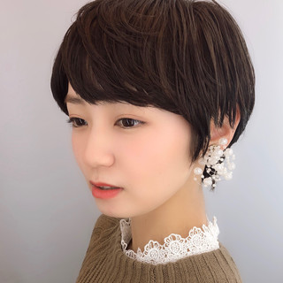 デート 小顔ショート 透明感 大人かわいい ヘアスタイルや髪型の写真・画像