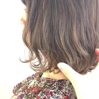 アッシュベージュ ミルクティーベージュ ヌーディベージュ ベージュ ヘアスタイルや髪型の写真・画像