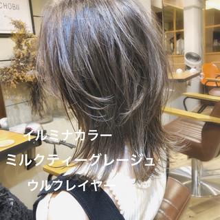 グレージュ アッシュベージュ イルミナカラー アッシュグレージュ ヘアスタイルや髪型の写真・画像