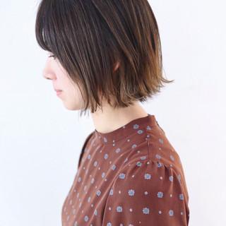 グラデーションカラー インナーカラー バレイヤージュ ミニボブ ヘアスタイルや髪型の写真・画像