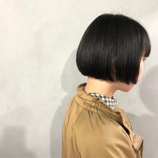 おかっぱ 艶髪 ナチュラル 切りっぱなし ヘアスタイルや髪型の写真・画像