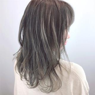 ストリート セミロング グラデーションカラー ラフ ヘアスタイルや髪型の写真・画像