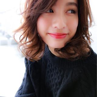 セミロング こなれ感 ニュアンス 小顔 ヘアスタイルや髪型の写真・画像