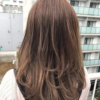 ミルクティー ベージュ ストリート ヌーディベージュ ヘアスタイルや髪型の写真・画像