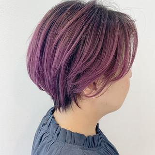ハイトーンカラー 切りっぱなしボブ ハイトーン ショート ヘアスタイルや髪型の写真・画像
