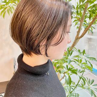 ショートヘア ナチュラル ゆるふわ ベリーショート ヘアスタイルや髪型の写真・画像