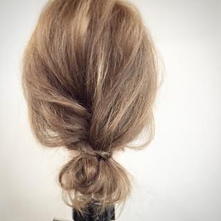 大人かわいい 簡単ヘアアレンジ ヘアアレンジ セミロング ヘアスタイルや髪型の写真・画像