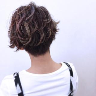ニュアンス ショート ストリート グラデーションカラー ヘアスタイルや髪型の写真・画像 ヘアスタイルや髪型の写真・画像