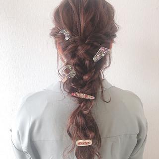 簡単ヘアアレンジ ロング フェミニン 編みおろし ヘアスタイルや髪型の写真・画像
