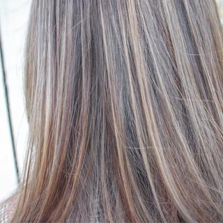 セミロング 大人女子 外国人風 外国人風カラー ヘアスタイルや髪型の写真・画像