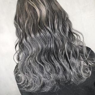 アウトドア ロング ナチュラル 簡単ヘアアレンジ ヘアスタイルや髪型の写真・画像 ヘアスタイルや髪型の写真・画像