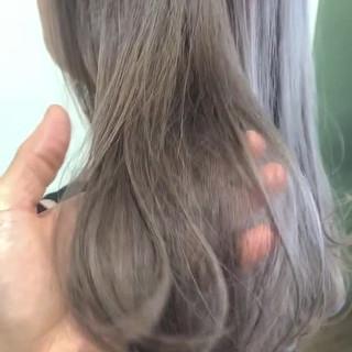 ブリーチ グレージュ ブリーチオンカラー 透明感 ヘアスタイルや髪型の写真・画像