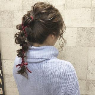 ポニーテール セミロング ヘアアレンジ ナチュラル ヘアスタイルや髪型の写真・画像 ヘアスタイルや髪型の写真・画像