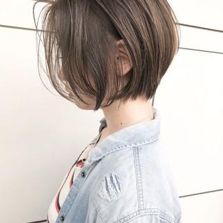 ショート 外国人風 ナチュラル ゆるふわ ヘアスタイルや髪型の写真・画像