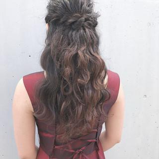 お呼ばれ デート ヘアアレンジ 結婚式 ヘアスタイルや髪型の写真・画像