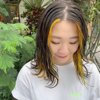 ストリート ハイトーンカラー 韓国ヘア セミロング ヘアスタイルや髪型の写真・画像