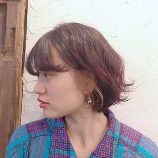 ストリート ボブ インナーカラー ピンク ヘアスタイルや髪型の写真・画像