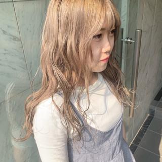 韓国ヘア ガーリー ロング ハイトーンカラー ヘアスタイルや髪型の写真・画像