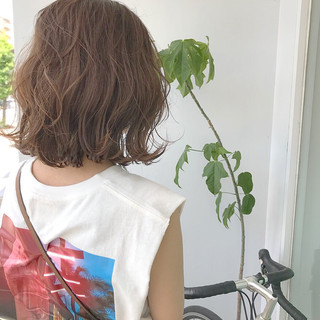 ロブ 切りっぱなし ボブ ストリート ヘアスタイルや髪型の写真・画像