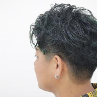 ウェーブ 外国人風カラー アンニュイ ストリート ヘアスタイルや髪型の写真・画像 ヘアスタイルや髪型の写真・画像