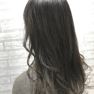 タンバルモリ イルミナカラー フェミニン 外国人風 ヘアスタイルや髪型の写真・画像