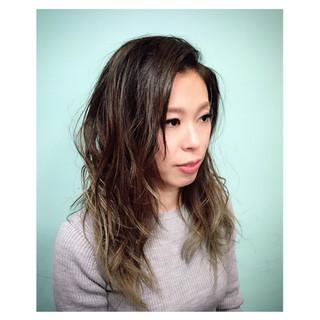 セミロング 外国人風 ヘアアレンジ ナチュラル ヘアスタイルや髪型の写真・画像