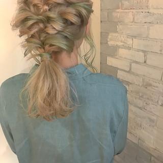 デート ナチュラル ゆるふわ 外国人風カラー ヘアスタイルや髪型の写真・画像 ヘアスタイルや髪型の写真・画像