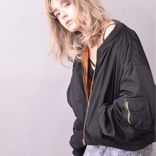 暗髪 ストリート イルミナカラー ミディアム ヘアスタイルや髪型の写真・画像