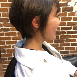 ショート ショートボブ ショートヘア ナチュラル ヘアスタイルや髪型の写真・画像