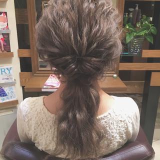 大人かわいい ロング 結婚式 ローポニーテール ヘアスタイルや髪型の写真・画像