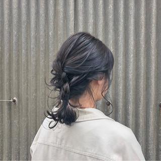 スモーキーカラー ガーリー ヘアアレンジ パーティ ヘアスタイルや髪型の写真・画像