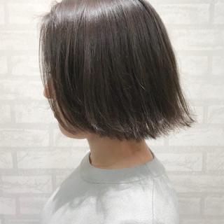 ショート 冬 ボブ 切りっぱなし ヘアスタイルや髪型の写真・画像