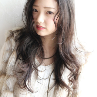 暗髪 こなれ感 大人女子 パーマ ヘアスタイルや髪型の写真・画像 ヘアスタイルや髪型の写真・画像