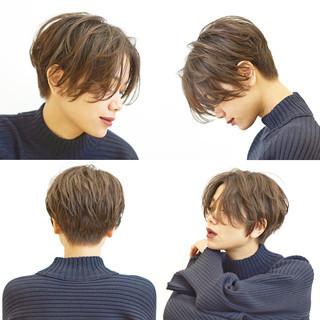 オフィス アンニュイほつれヘア ナチュラル スポーツ ヘアスタイルや髪型の写真・画像 ヘアスタイルや髪型の写真・画像