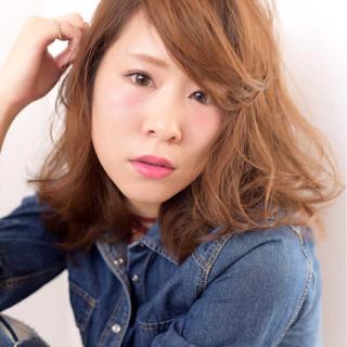 ミディアム ヘアアレンジ かっこいい ふわふわ ヘアスタイルや髪型の写真・画像